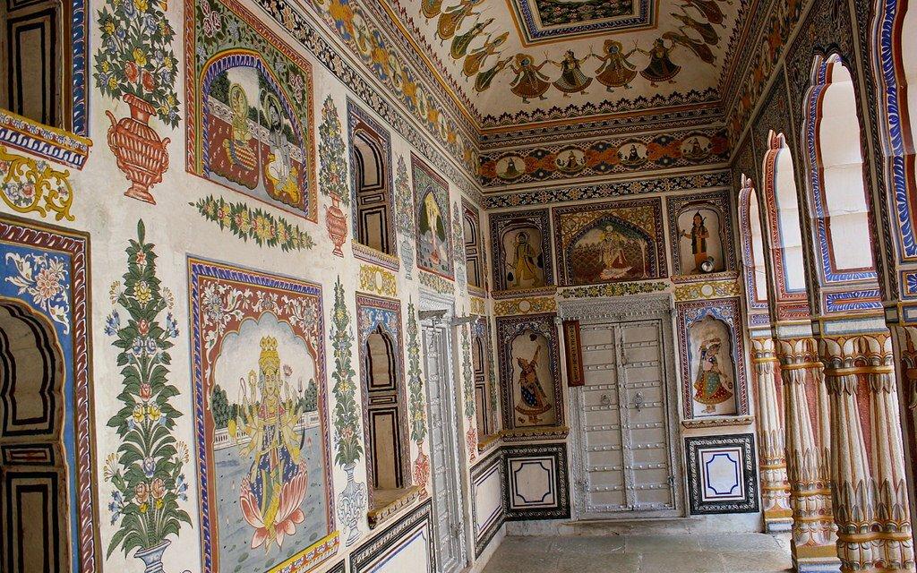 Fresco Art in Heritage mansions (Havelis)